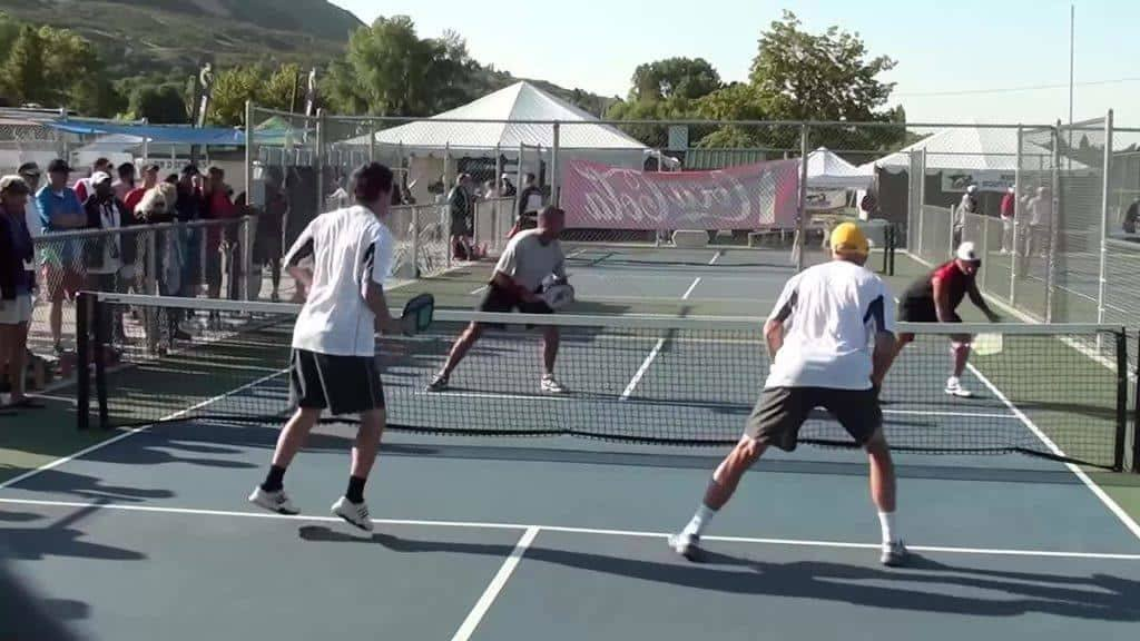where to stand in pickleball